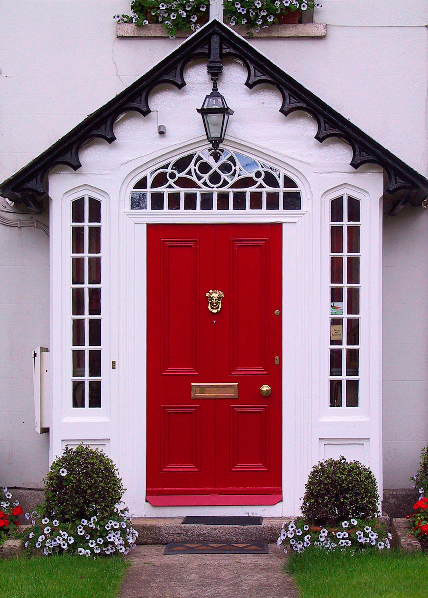 Choosing the perfect front door color flora brothers for Exterior entry door