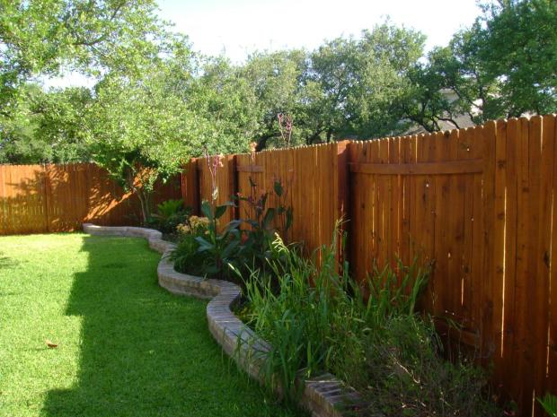 Flora Brothers 3 Simple Steps To Keep Your Privacy Fence