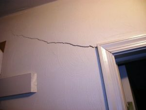 drywall-repair-stress-crack