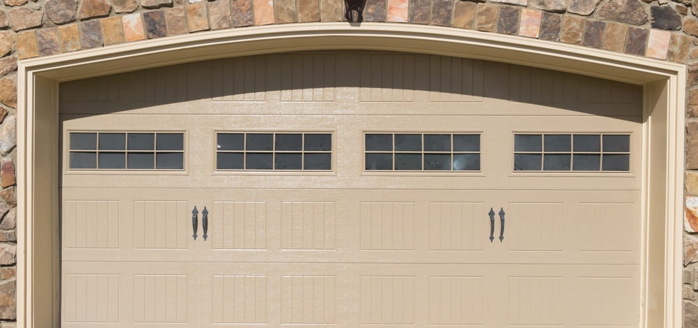 Steps to Repainting a Garage Door: Good Preparation, Great Finish