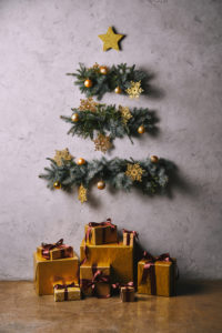Creating a Holiday Wall: Should I Paint or Use Accessories?